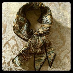 Head/ neck scarf